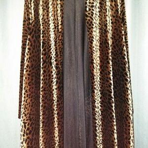 Leopard faux fur cape